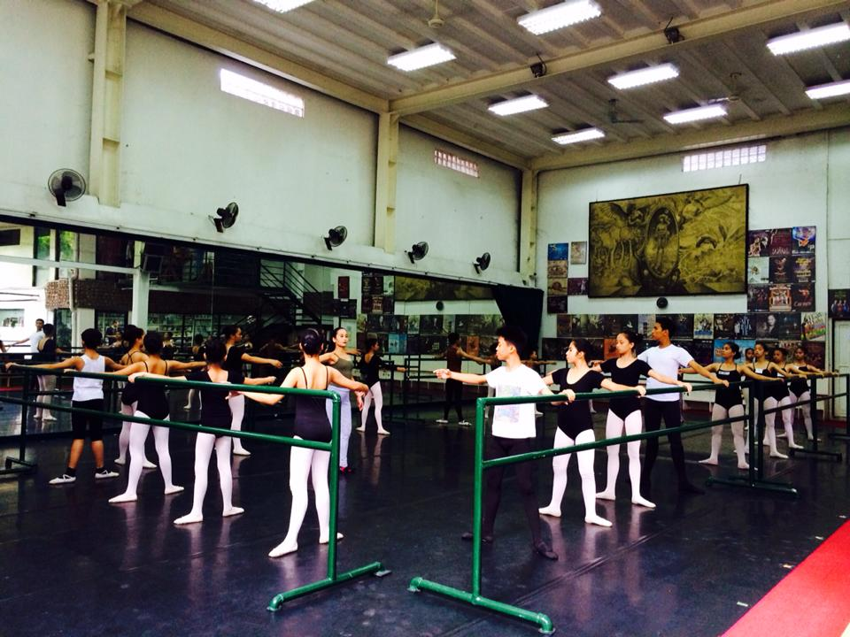 Students at work in one of Ballet Manila's spacious and well-equipped studios