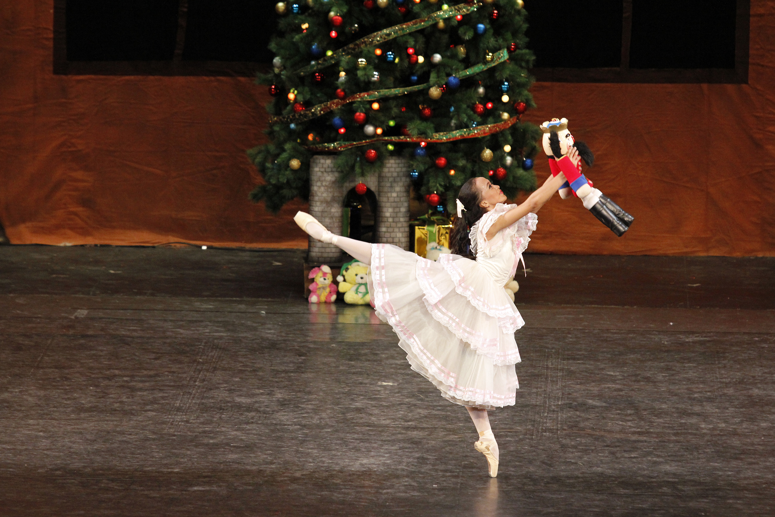 Among Jessa's most memorable performances was the role of Masha in the much-loved ballet, The Nutcracker