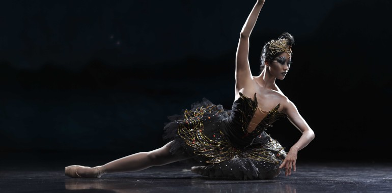 Lisa Macuja-Elizalde gets personal with Ballet Manila's re-staging of Swan Lake